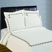 300 Thread Count Scroll Embroidery Percale Duvet Set - Black