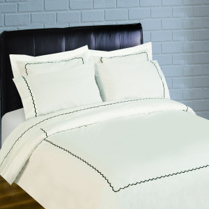 300 Thread Count Scallop Embroidery Percale Sheet Set - black